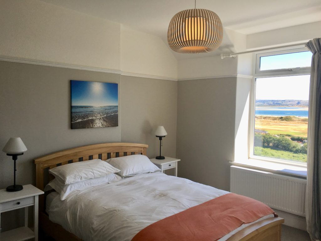 Bedroom 2 at Aberdovey holiday house rental - Hafod Arfor