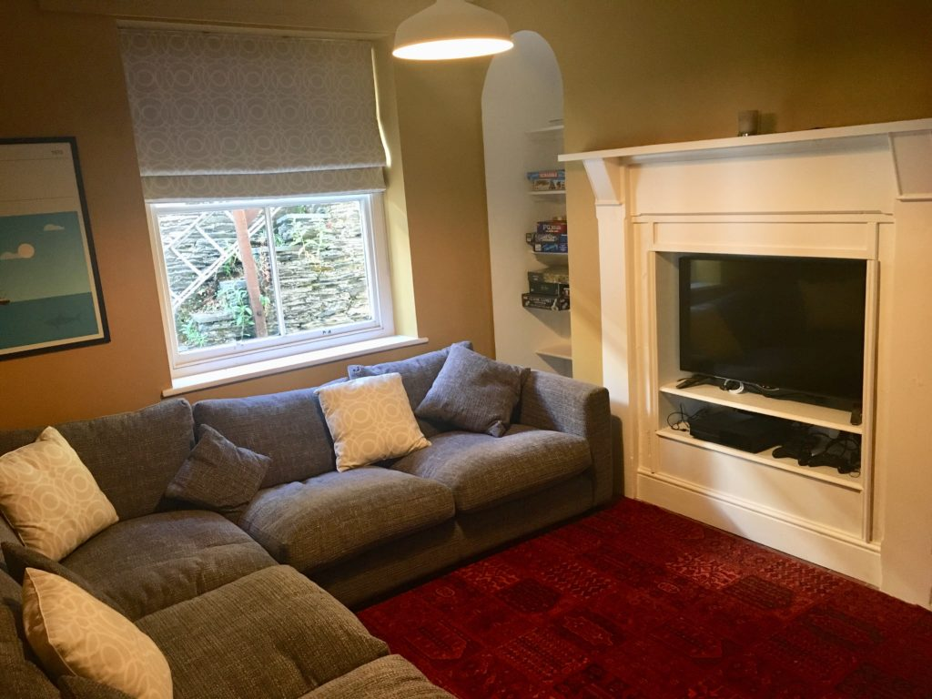 Snug at Aberdovey Holiday House Rental - Hafod Arfor