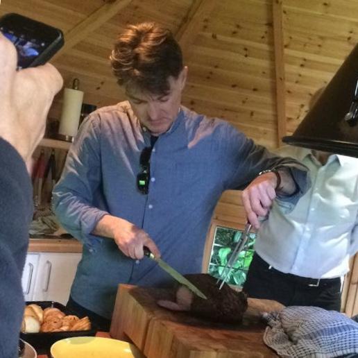 Big Green Egg Cooking Classes pics Carving Beef